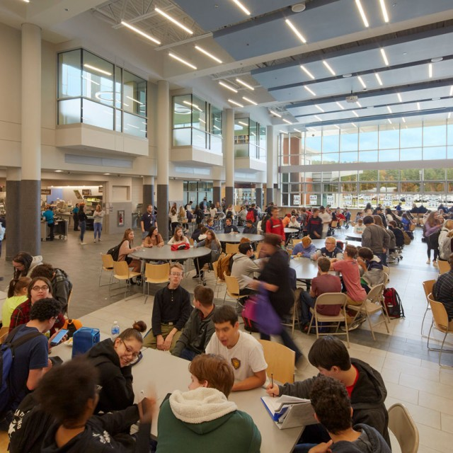 Crowded dining commons in North Middlesex Regional High School in Massachusetts
