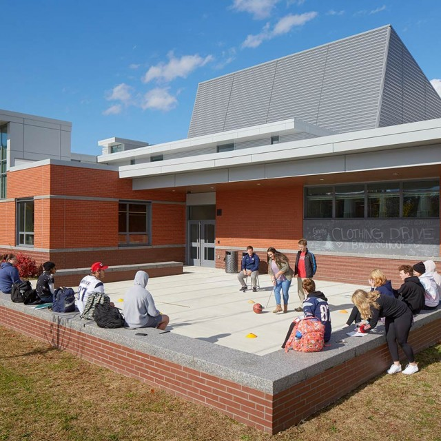Outdoor classroom area in North Middlesex Regional High School in Townsend, MA